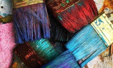 Comment nettoyer de vieux pinceaux ?