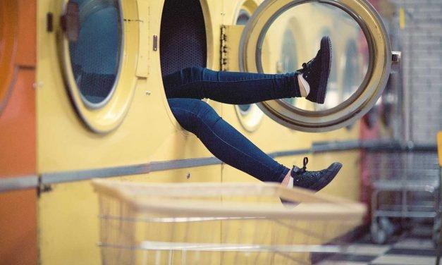 Comment accélérer le séchage d'un sèche-linge ?